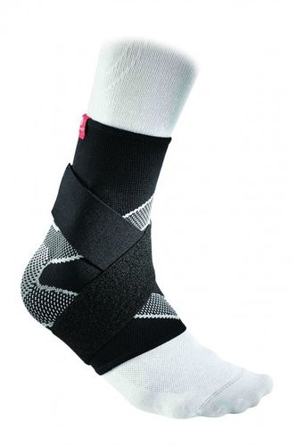 McDavid Ankle Sleeve / 4-way elastic w/ figure-8 straps